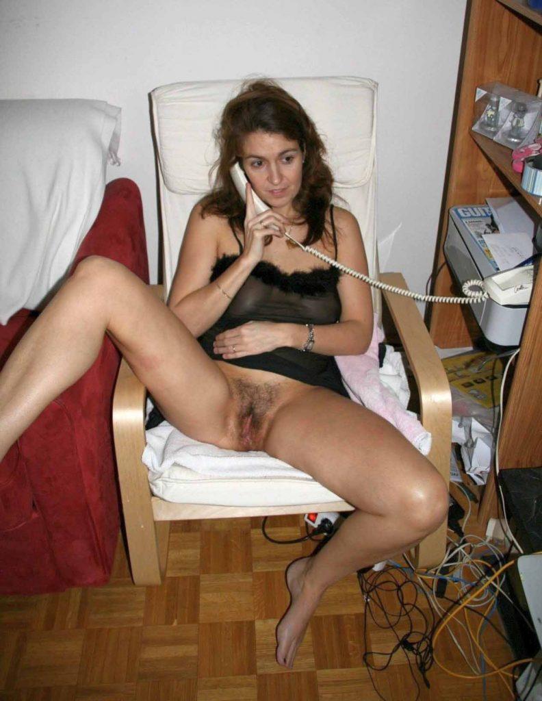 Sexi Türkin beim Telefon Sex